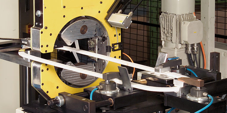 Automatic Insulating machine Model